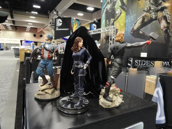 sideshow-collectibles-booth-comic-con