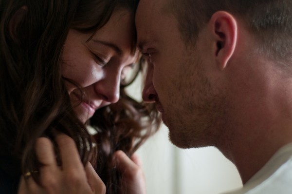 smashed-movie-image-mary-elizabeth-winstead-aaron-paul-01