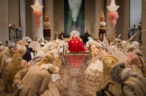 snow-white-movie-image-julia-roberts-04