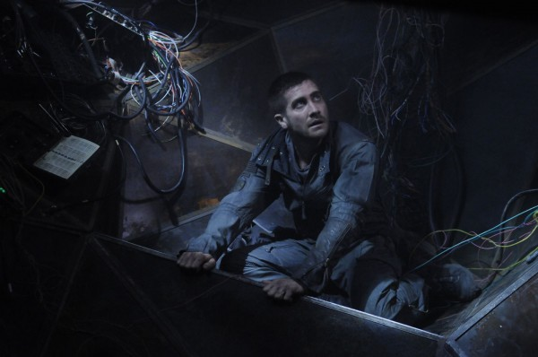 source-code-movie-image-jake-gyllenhaal-04