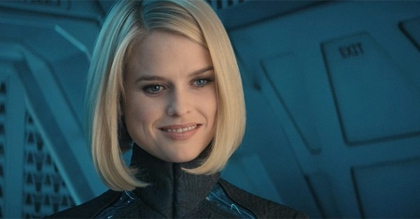 star-trek-into-darkness-alice-eve