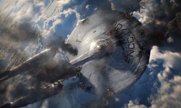 star-trek-into-darkness-damaged-enterprise