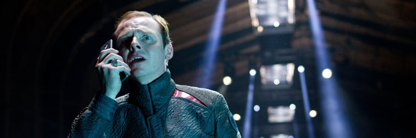 star-trek-into-darkness-simon-pegg-slice