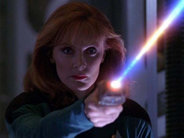 star-trek-tng-best-of-both-worlds-blu-ray