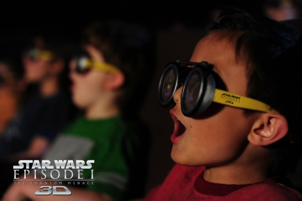 star-wars-podracer-3d-glasses-image-2