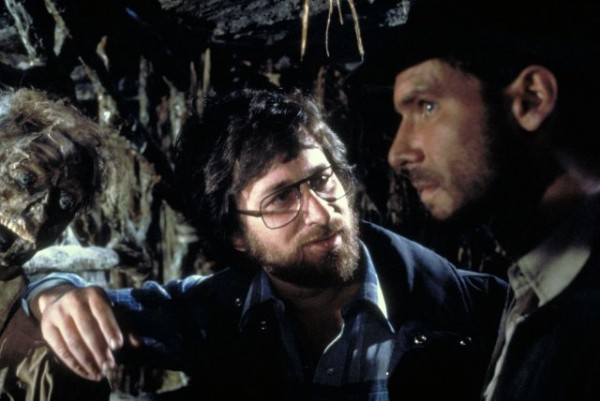 steven-spielberg-harrison-ford-raiders-of-the-lost-ark