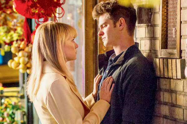 The Amazing Spider Man 2 Images Featuring Andrew Garfield Emma Stone And Jamie Foxx