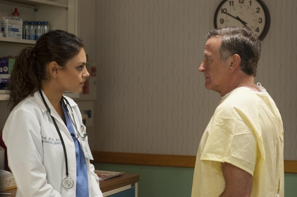 the-angriest-man-in-brooklyn-mila-kunis-robin-williams