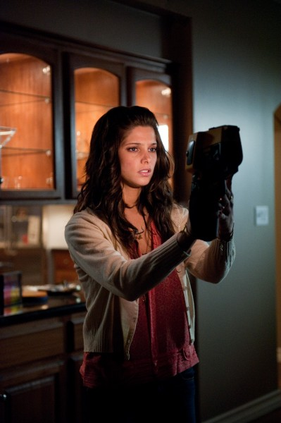 the-apparition-ashley-greene