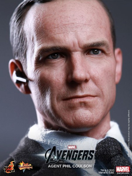 the-avengers-agent-phil-coulson-hot-toys