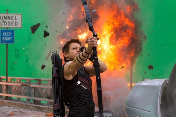 the-avengers-jeremy-renner-hawkeye-image
