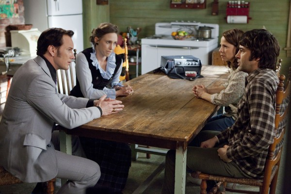 the-conjuring-vera-farmiga-patrick-wilson-lili-taylor-ron-livingston
