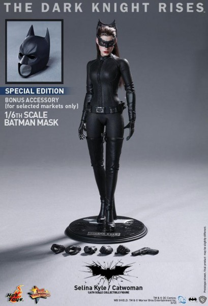 the-dark-knight-rises-hot-toys-figure-catwoman-selina-kyle