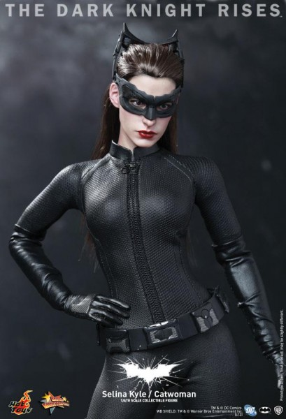 the-dark-knight-rises-hot-toys-selina-kyle