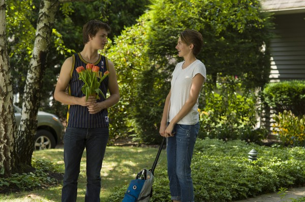 the-fault-in-our-stars-shailene-woodley-ansel-elgort