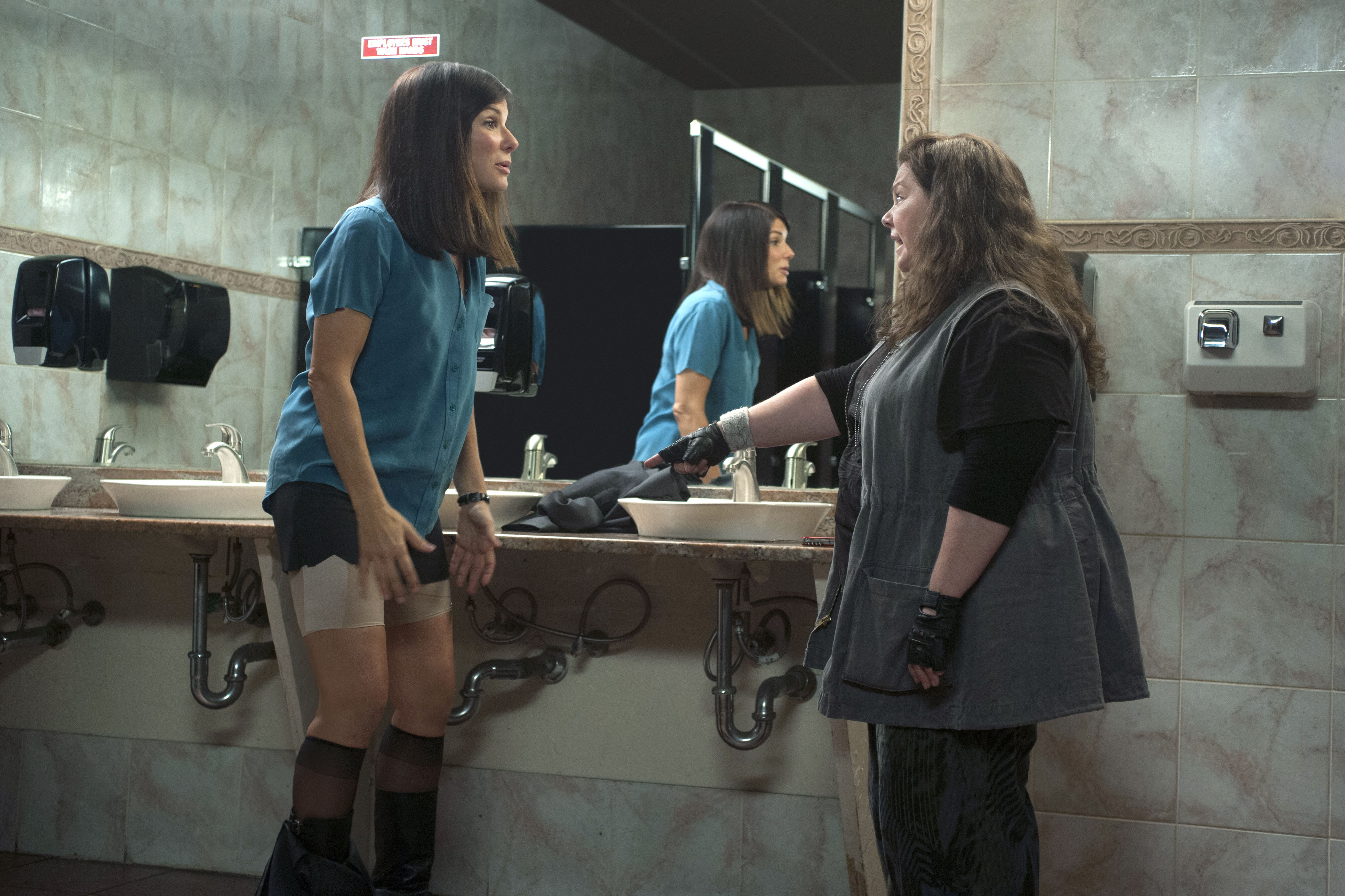 Sandra Bullock and Melissa McCarthy Talk THE HEAT, Female Comedies ...