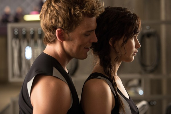 the-hunger-games-catching-fire-jennifer-lawrence-sam-claflin
