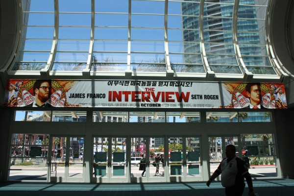 the-interview-poster-comic-con (2)