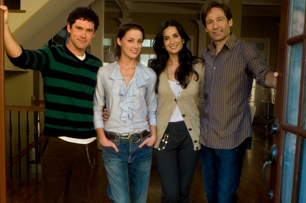 the-joneses-movie-image-david-duchovny-and-demi-moore-5