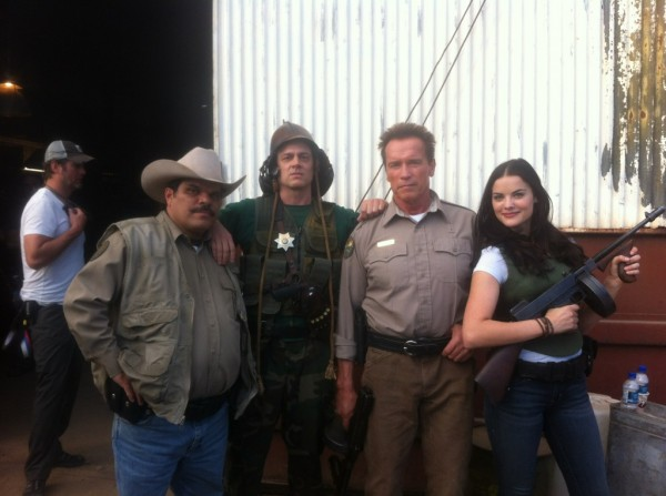 the-last-stand-schwarzenegger-knoxville-movie-set-photo-01
