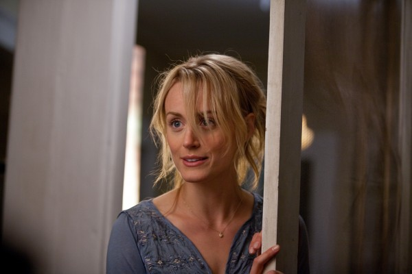 the-lucky-one-taylor-schilling-image