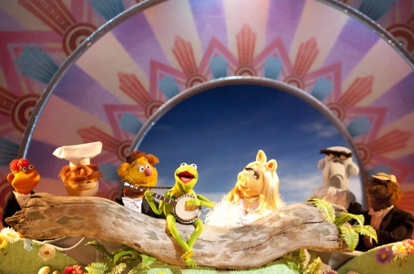 the-muppets-kermit-banjo-image