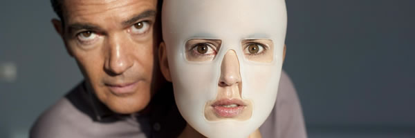 the-skin-i-live-in-movie-image-antonio-banderas-slice-01