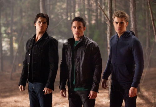 the-vampire-diaries-season-2-image-4