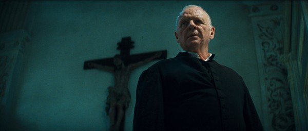 the_rite_movie_image_anthony_hopkins_01