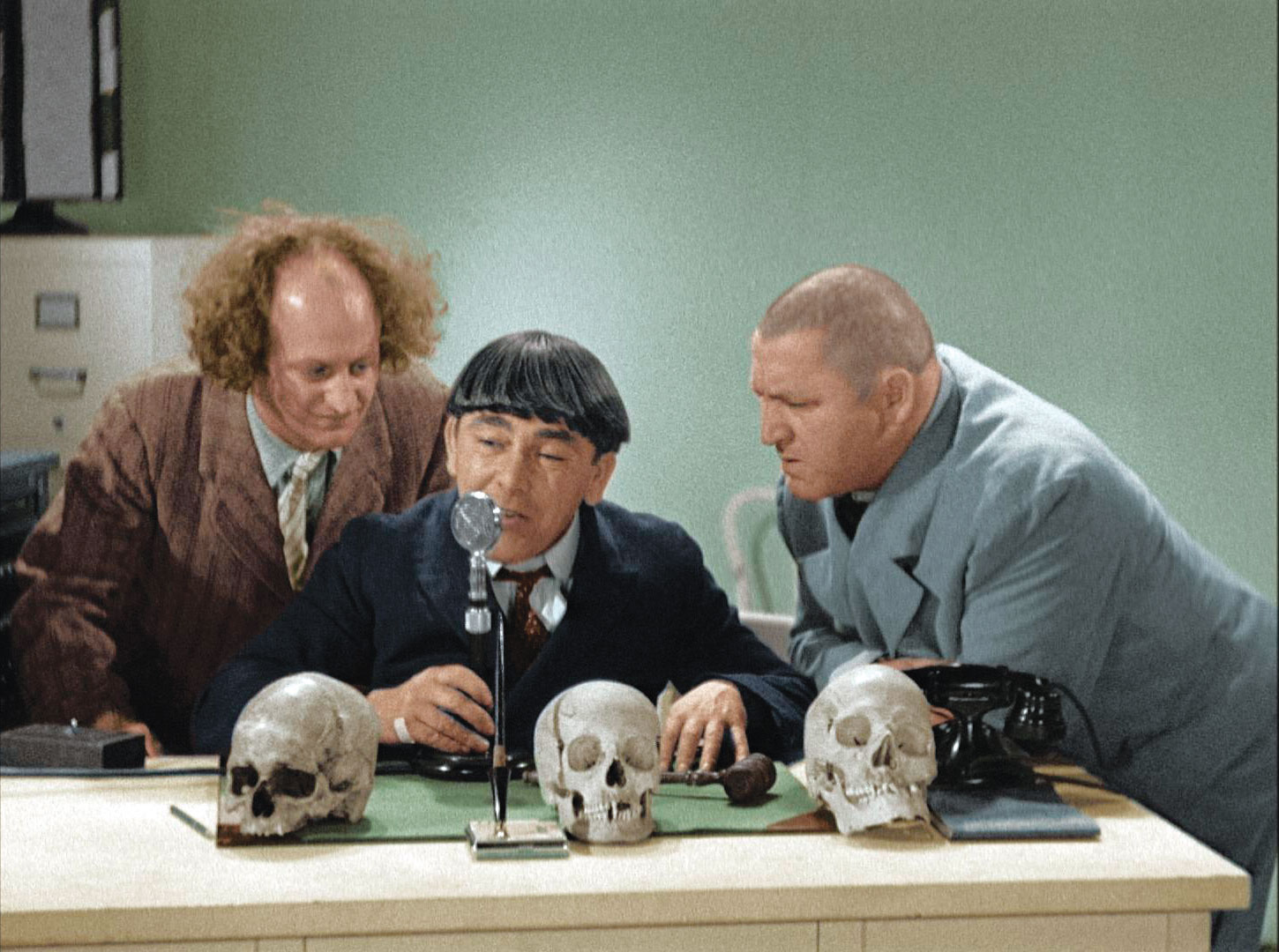 ... Exclusive Interview; Updates on THE THREE STOOGES and MOVIE 43