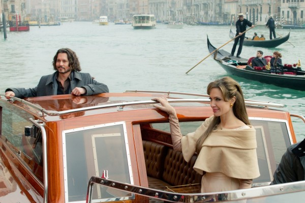 the_tourist_movie_image_angelina_jolie_johnny_depp_03