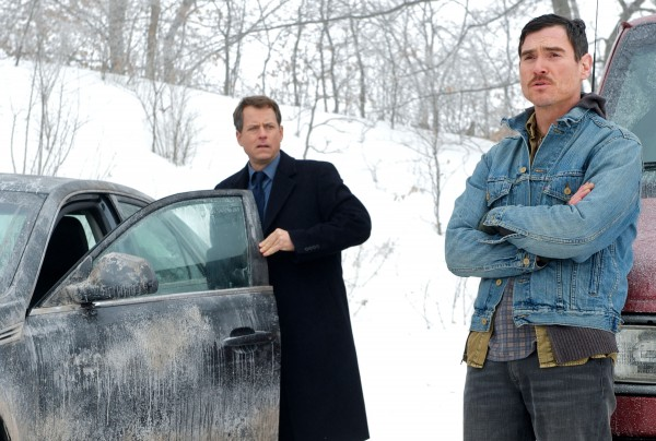 thin-ice-greg-kinnear-billy-crudup-2
