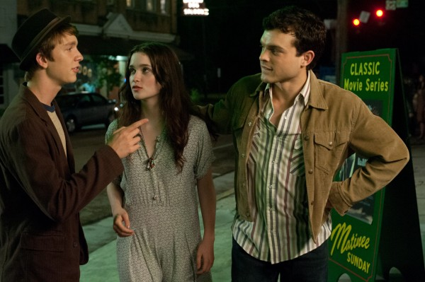 thomas-mann-alice-englert-alden-ehrenreich-beautiful-creatures