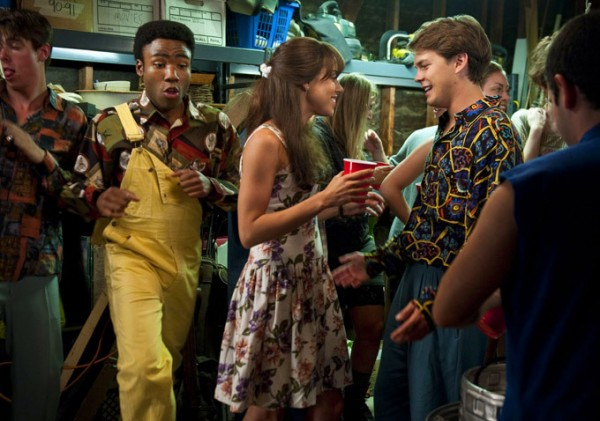 to-do-list-donald-glover-aubrey-plaza-johnny-simmons