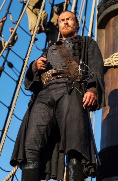 toby-stephens-black-sails
