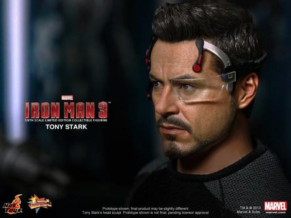 tony-stark-hot-toys