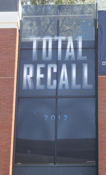 total-recall-comic-con-poster