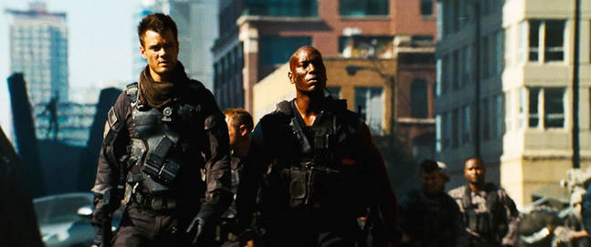 http://collider.com/wp-content/uploads/transformers-dark-of-the-moon-movie-image-josh-duhamel-tyrese-gibson-01.jpg