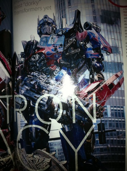 transformers-dark-of-the-moon-movie-image-optimus-prime-01