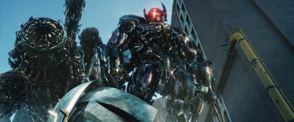 transformers-dark-of-the-moon-movie-image-shockwave