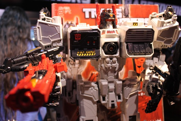 transformers-images-toy-fair (10)