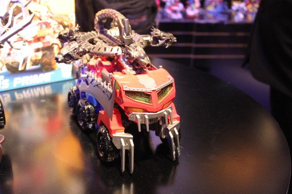 transformers-images-toy-fair (24)