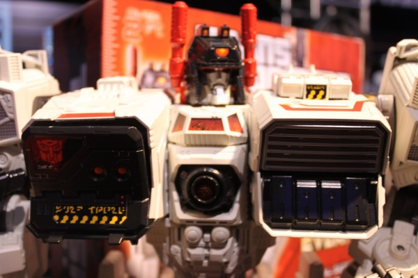 transformers-images-toy-fair (33)