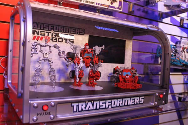 transformers-images-toy-fair (6)