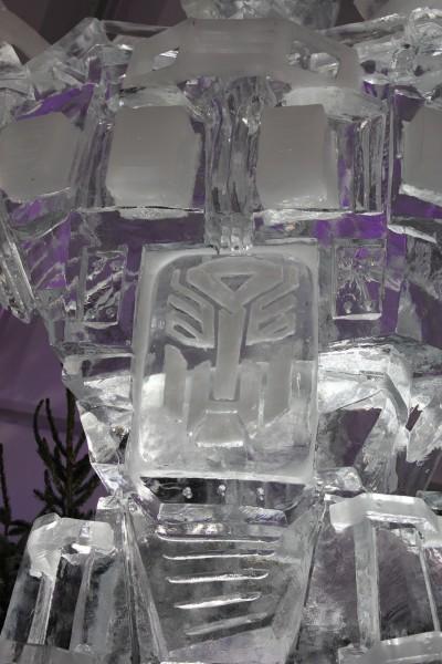 transformers_ice_sculpture_02