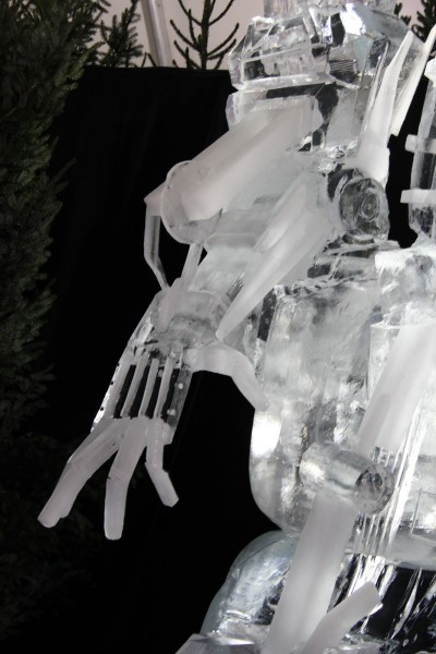 transformers_ice_sculpture_04