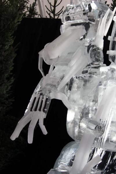 transformers_ice_sculpture_04