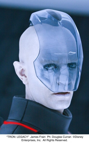 tron_legacy_movie_image_james_frain_02
