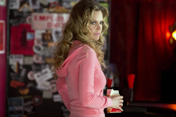 true-blood-season-6-kristin-bauer-van-straten