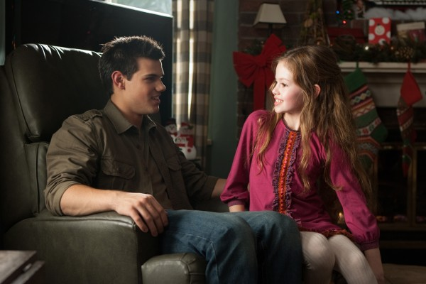 twilight-breaking-dawn-2-movie-image-lautner-foy